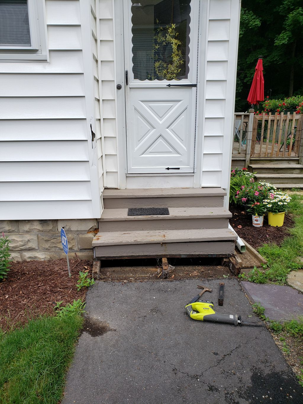 New landing and stairs