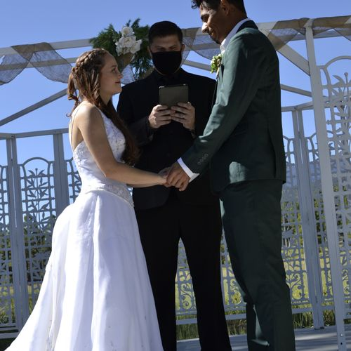 Recent Wedding in Flagstaff, Masks on for Safety