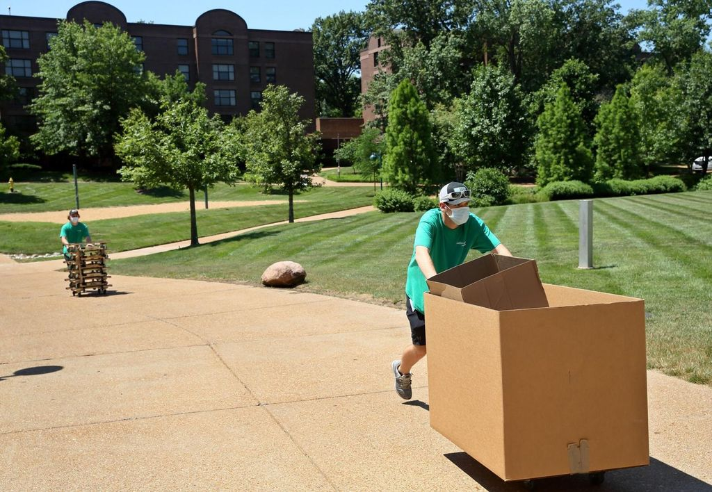 Washington University Move-Out