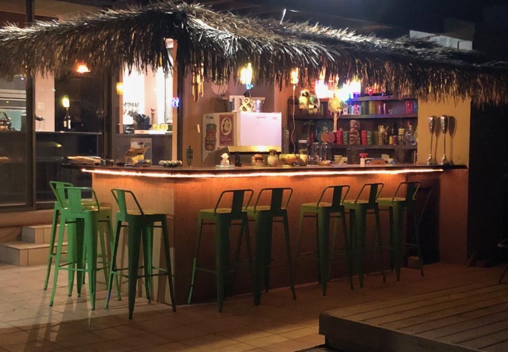 Tiki Bar By Dave