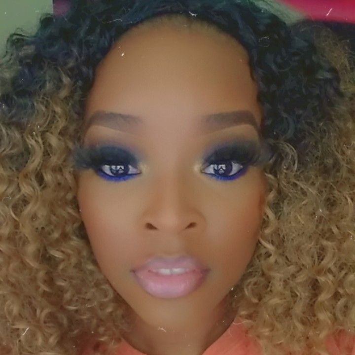 Hues By Her, LLC Makeup artist