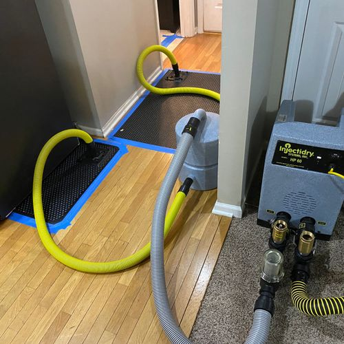 Water Mitigation project: equipment drying kitchen wood flooring