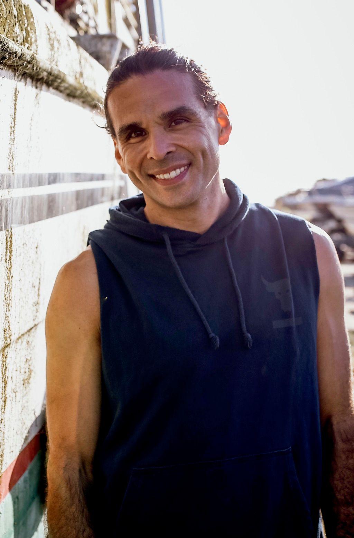 Thomas Sakoda Yoga