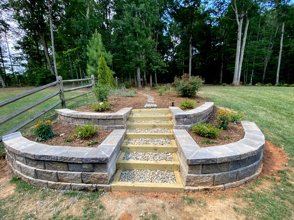 Retaining wall with steps and plant install