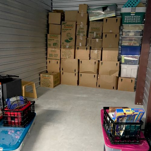 Packing up one of our storage units. Boxes and square items in the back, then furniture and bigger items next.
