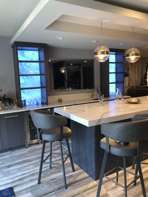 New Quartz countertops in Wayzata Kitchen