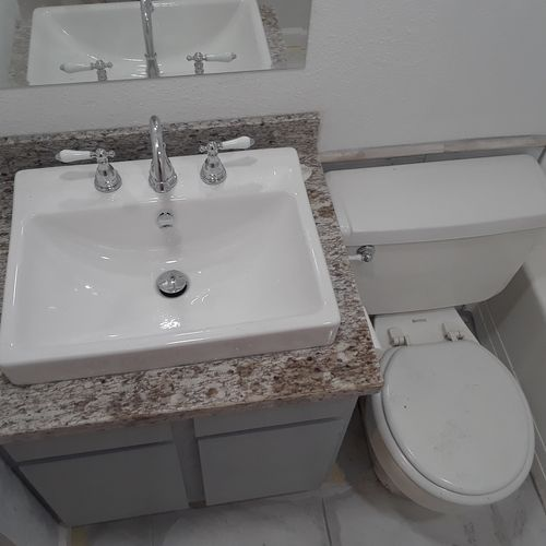 Granite counter top and sink install