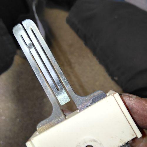 Dryer igniter replacement