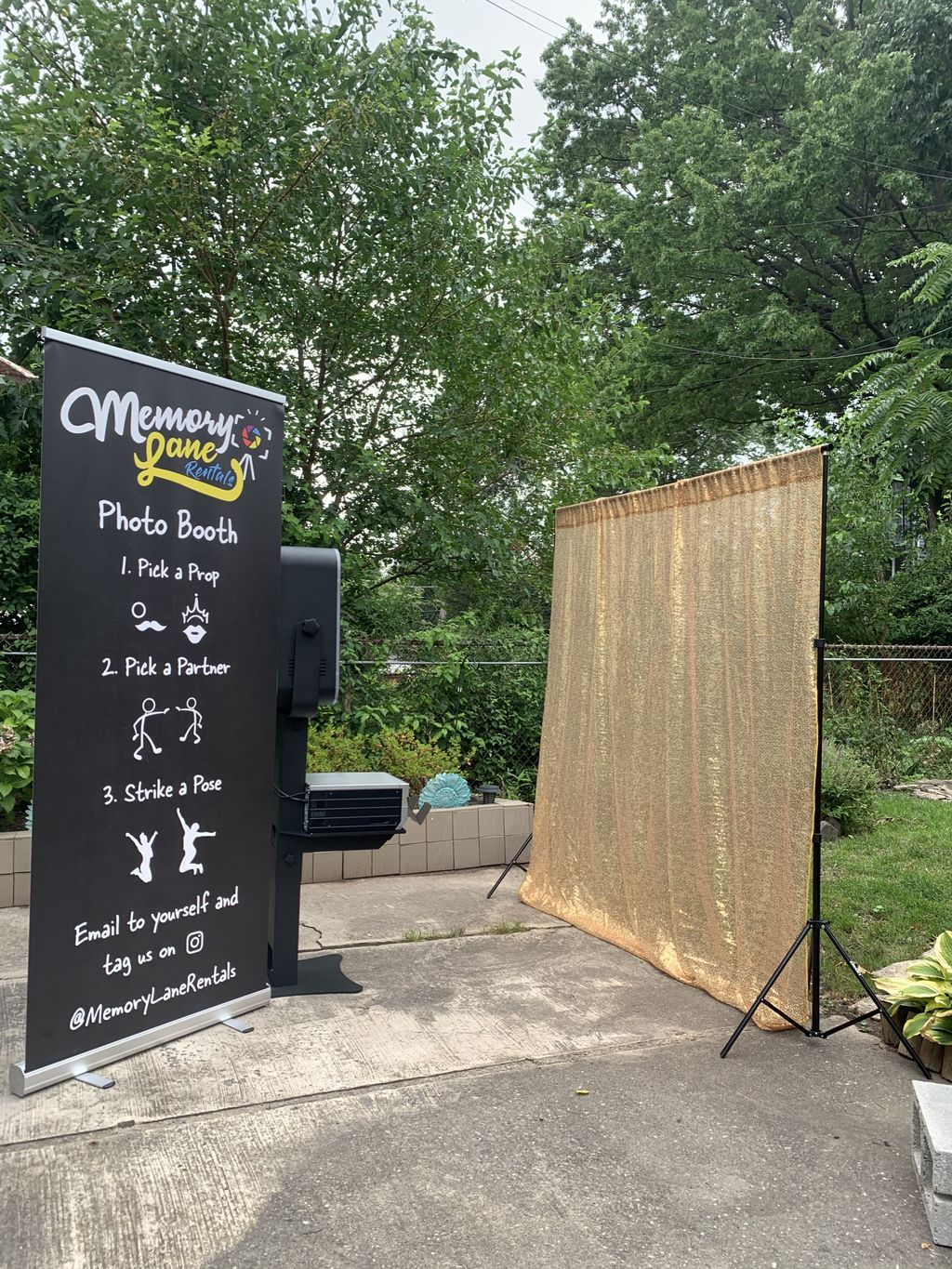 Open Air Booth with Backdrop