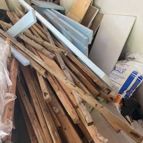 Large collection of wood and house demo material