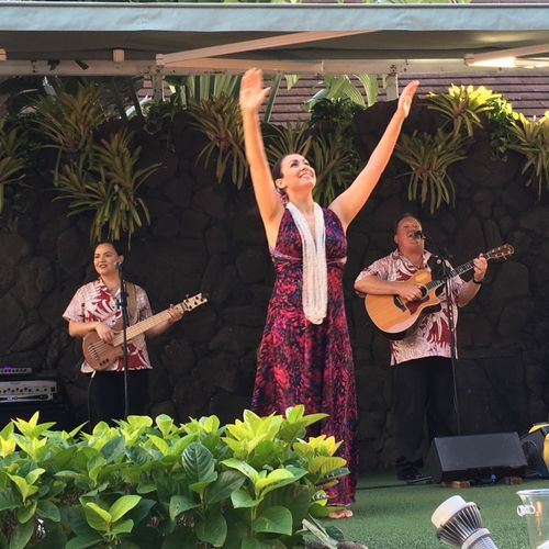 Makaona performing center stage at the Princess Kaiulani Hote.