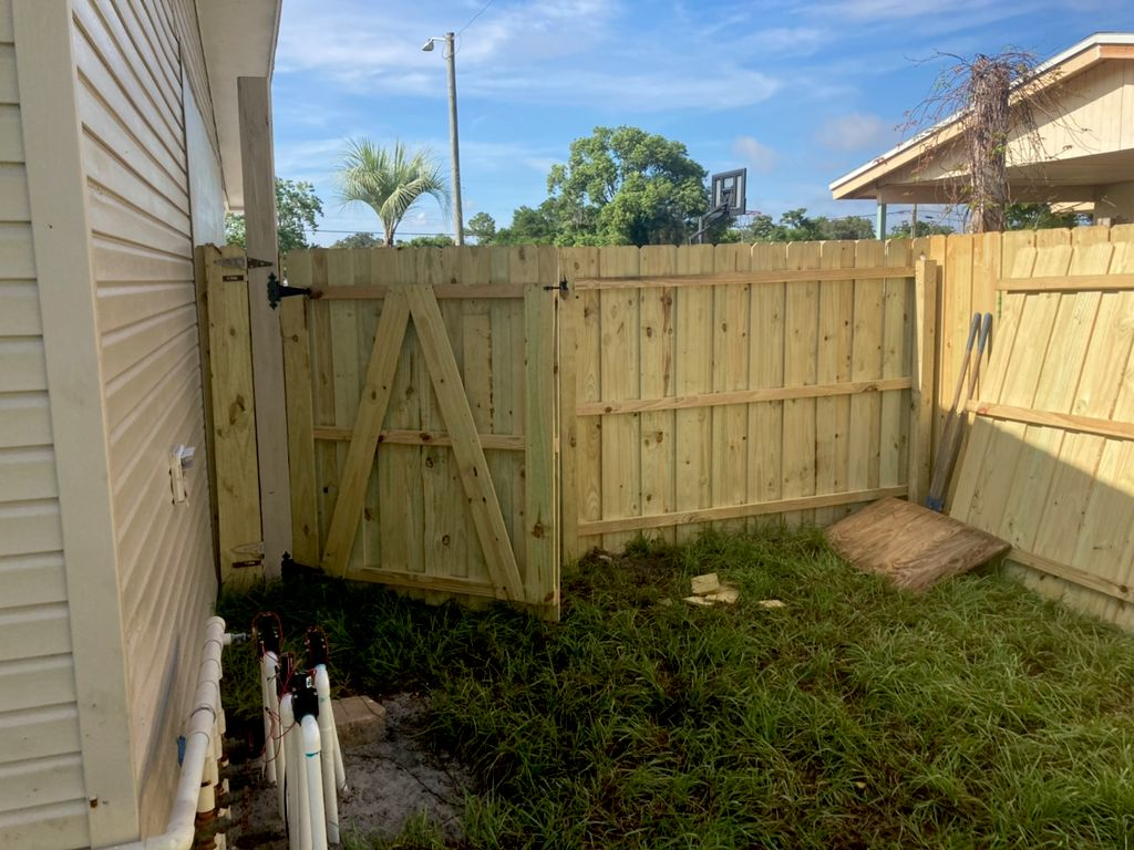 Henry's Lawn Service of Central Florida