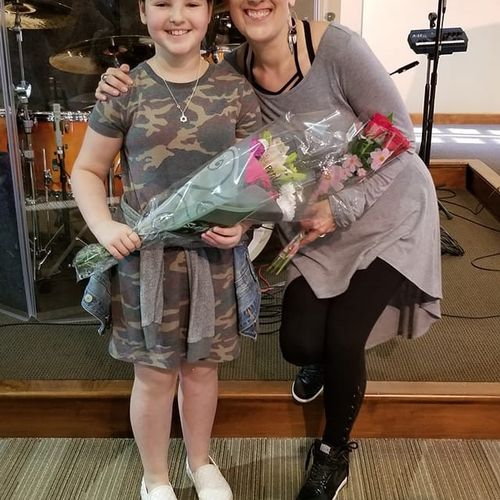 Such a fun time at recital with this fantastic little singer!!