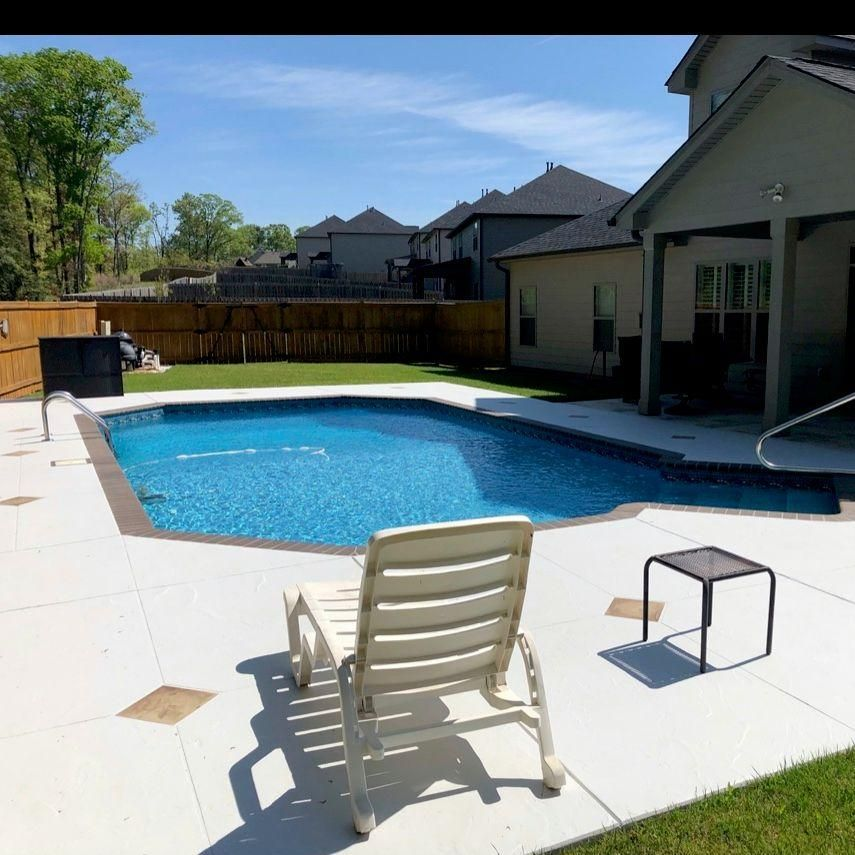 Tropical Auga Pools, LLC,
