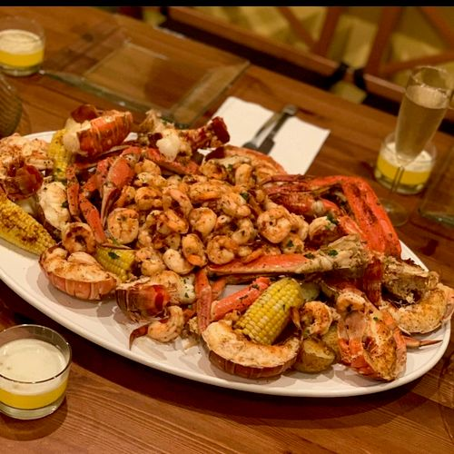 Private Dinner Seafood Feast - Lobster Tails, Snow Crab Legs, Shrimp, Corn & Potatoes
