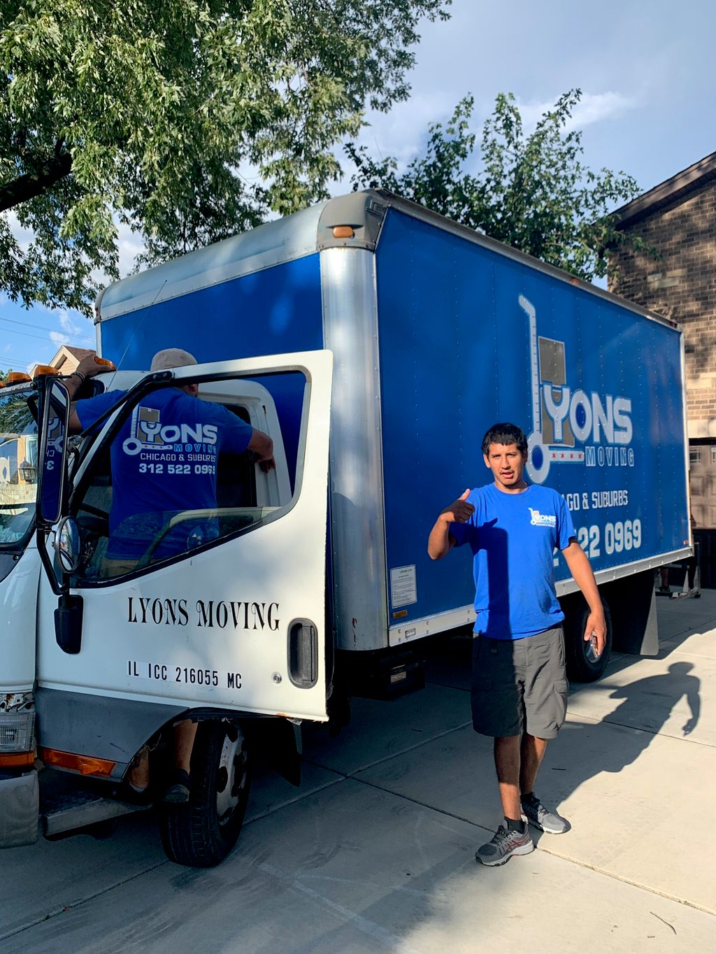 Lyons Moving