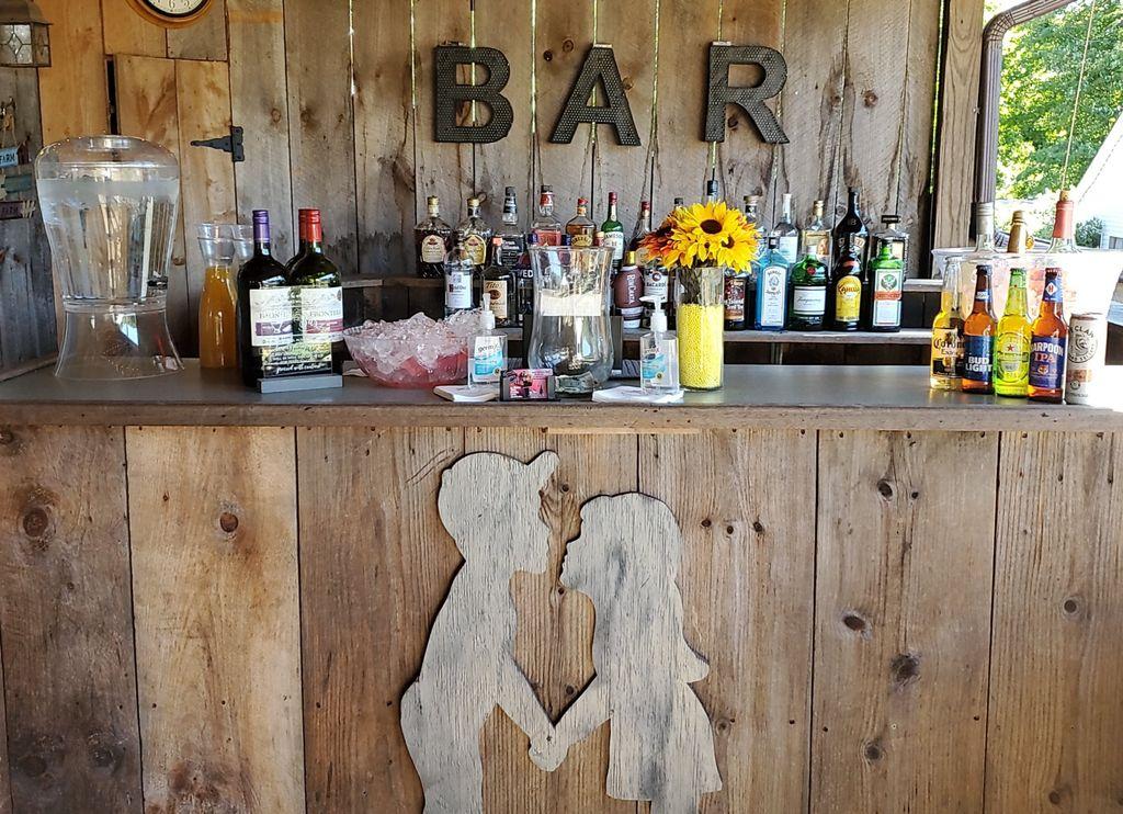 Full service bartending