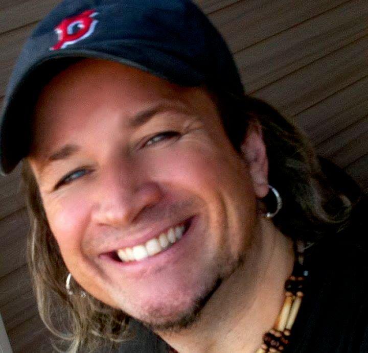 Mark D Dunnett