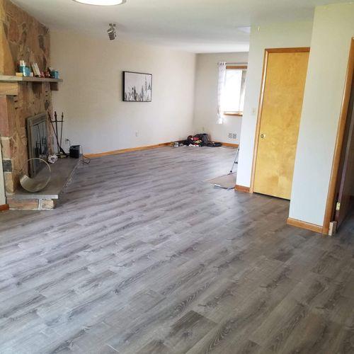 Gray vinyl flooring installation