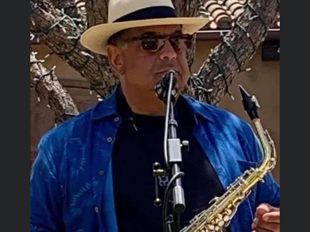 Tony Merlo-Elegant Sax & Vocals