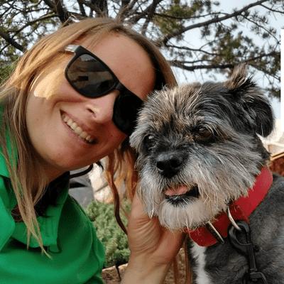 Avatar for Mama Walks Dogs