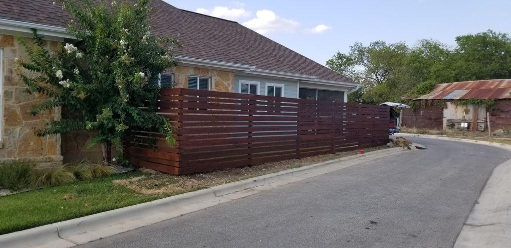 Horizonal Redwood cedar fence