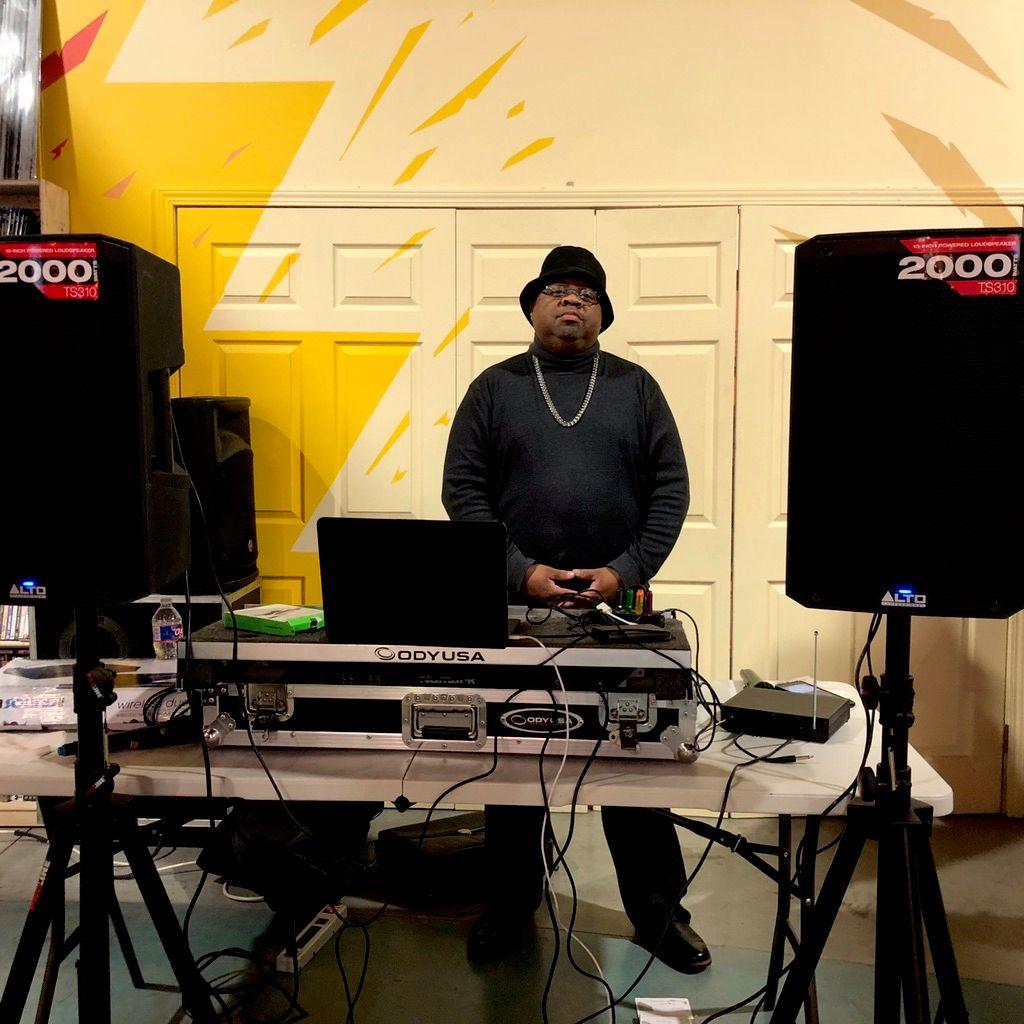 DAHILL DA DJ