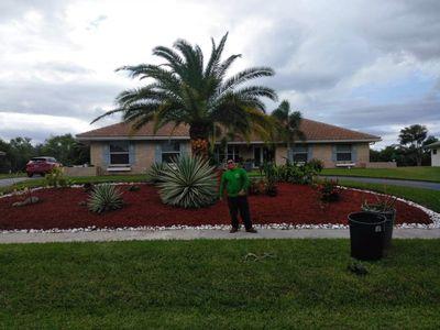 Avatar for La Familia Lawn Service