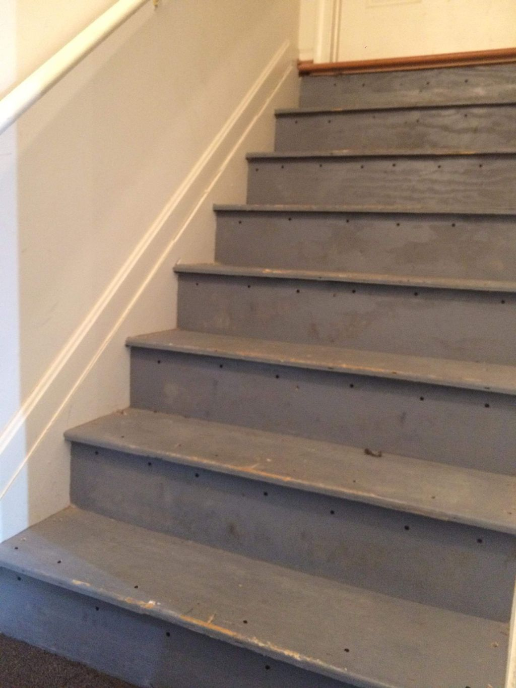 Stairs reinforced and carpet installation