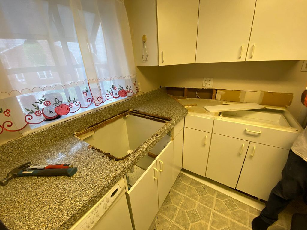 Replace old countertop