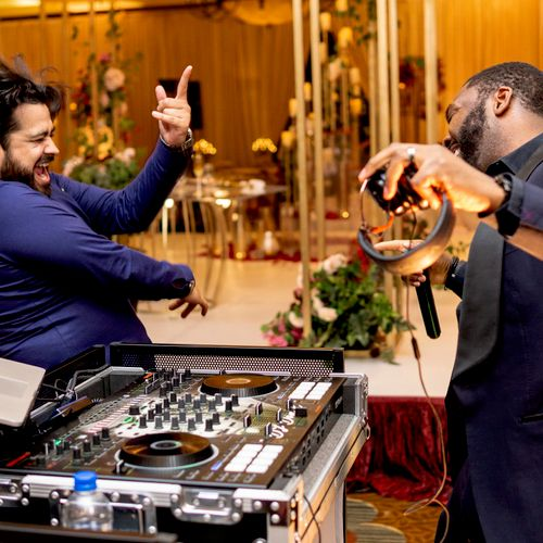 The best wedding DJ