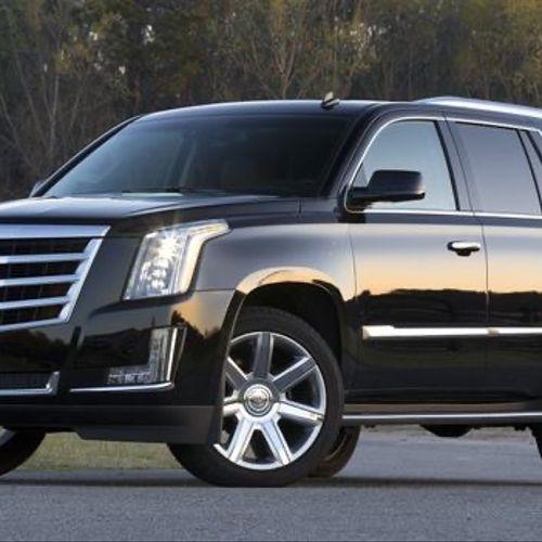 2018 Cadillac Escalade 6 passengers