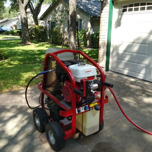 Equipped with a pressure washer able to reach up to 4000psi, we cut through the toughest grime!!