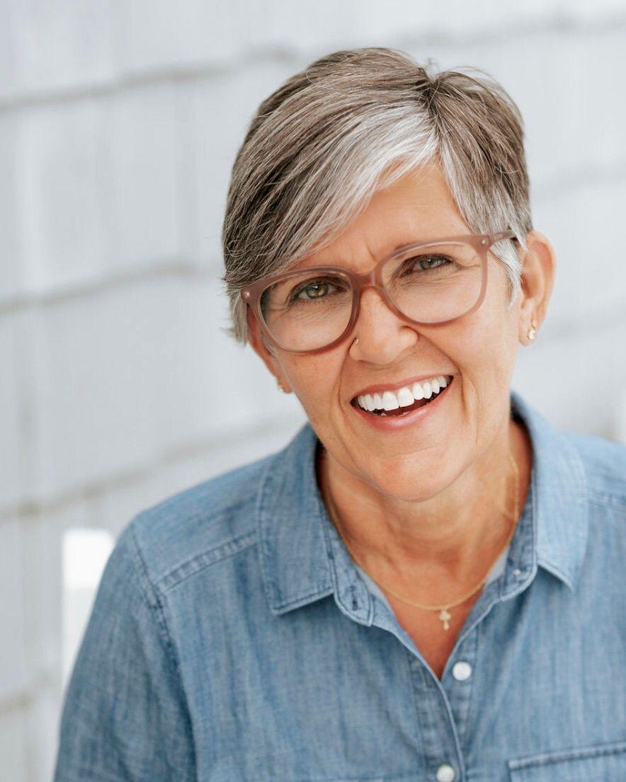 Stephanie Gillespie, Professional Skin Therapist