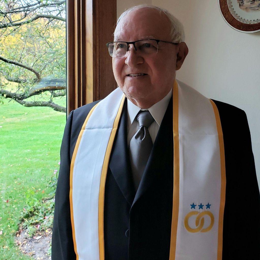 Jorge Diaz Sr officiant , English/Spanish
