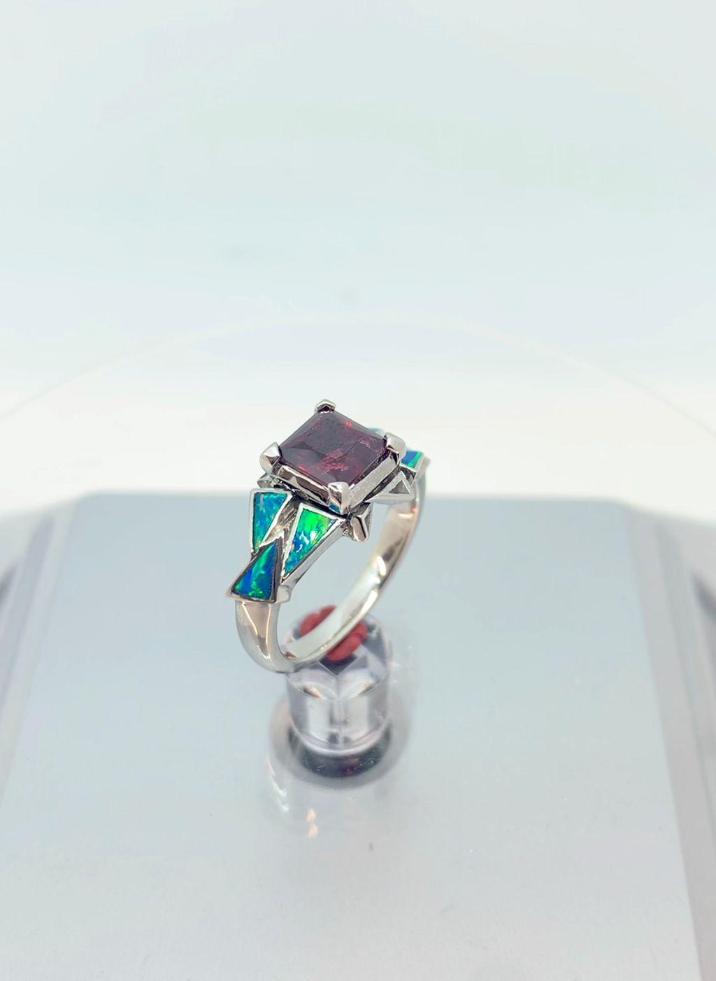 Princess-cut Garnet Ring with Opal Inlay