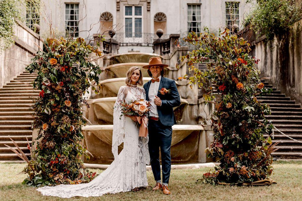 Swan House Fall Wedding