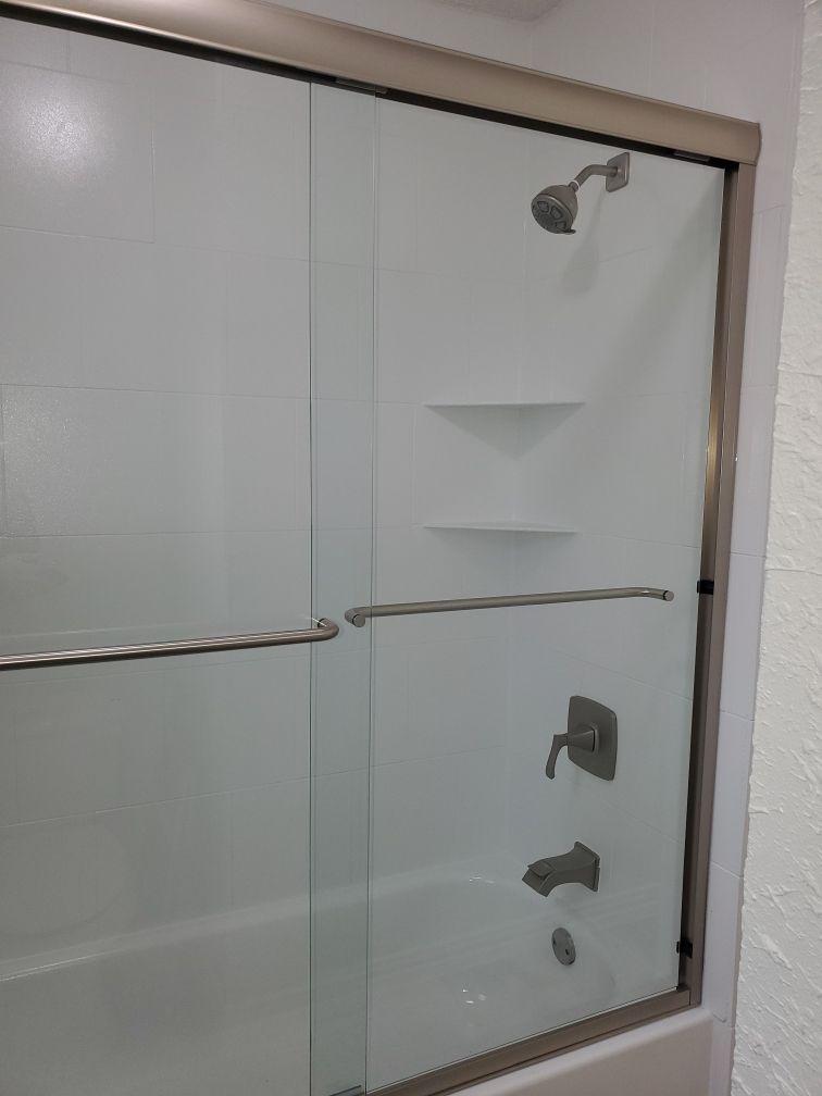 Shower tile and door