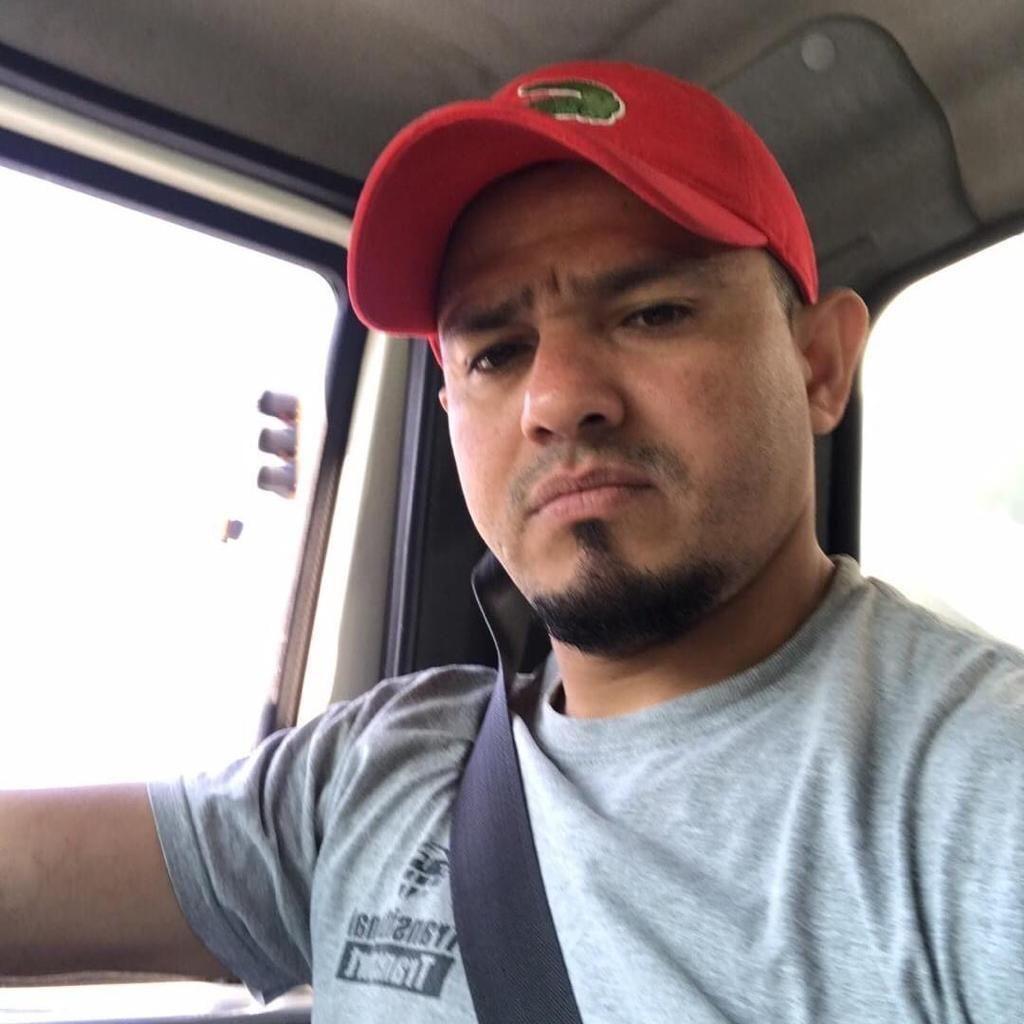 Perdomo Junk removal  LLC