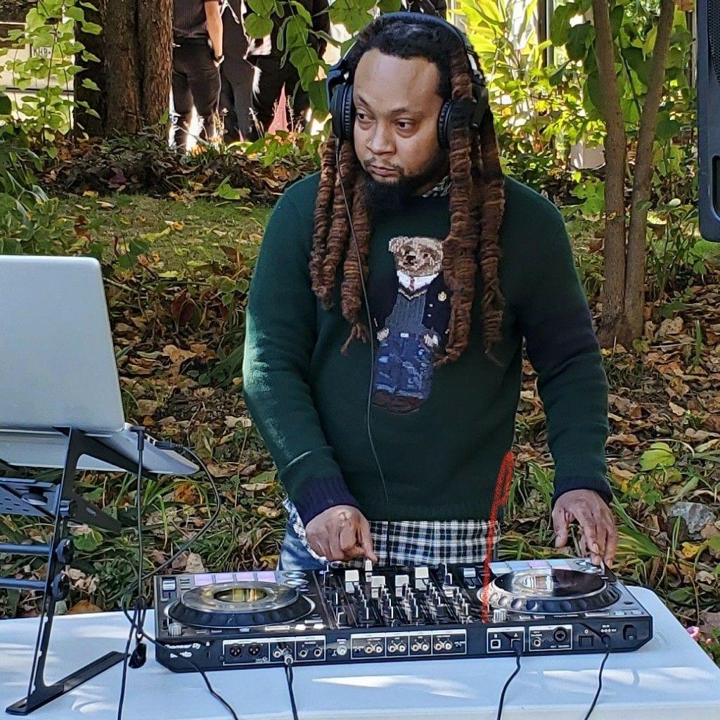 DJ AJAXX