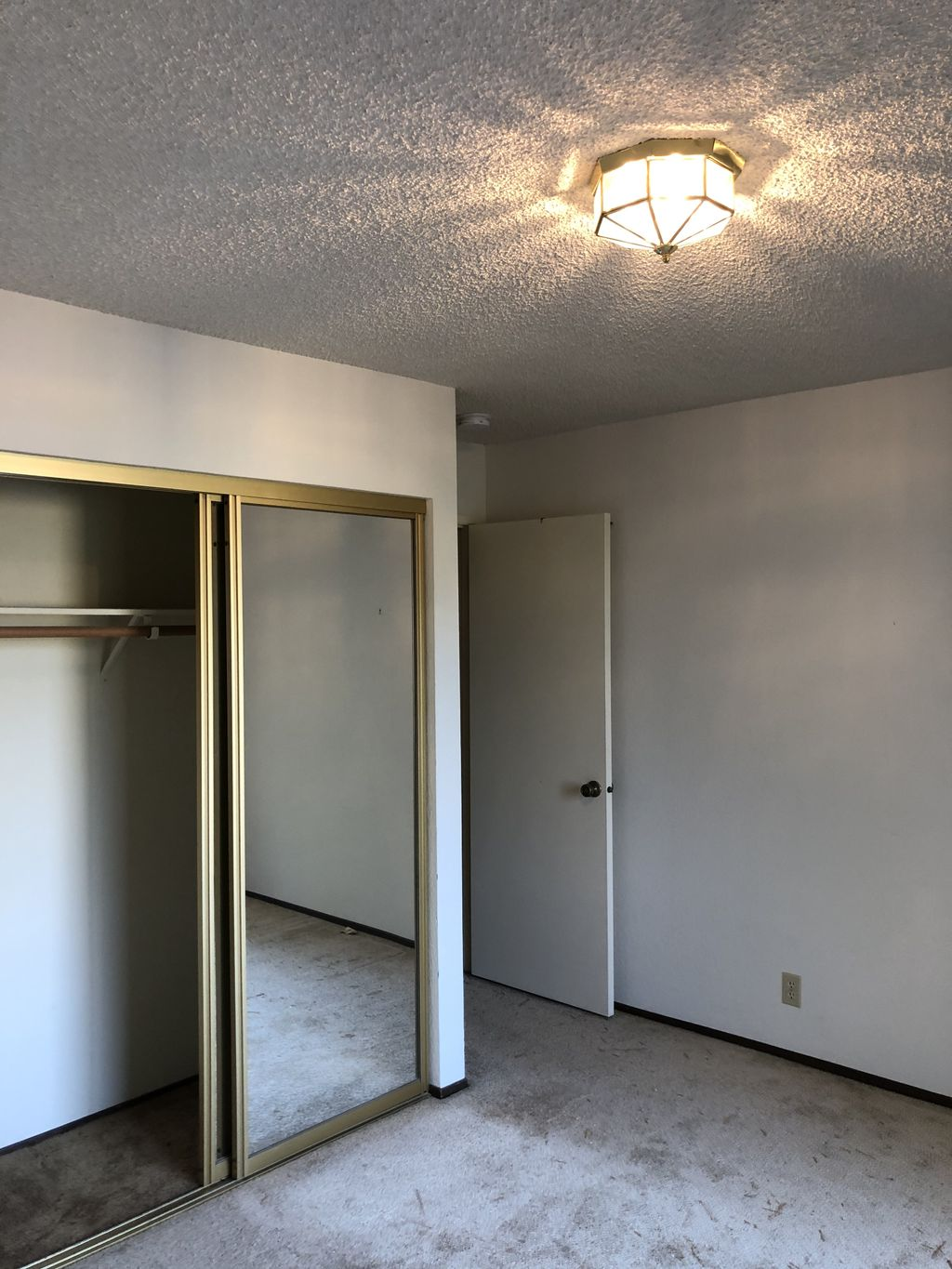 Removed wallpaper And Finished Level 5 entire House