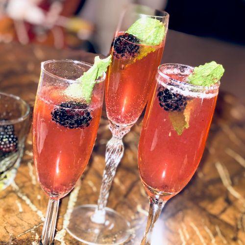 Mintberry Champagne Royal