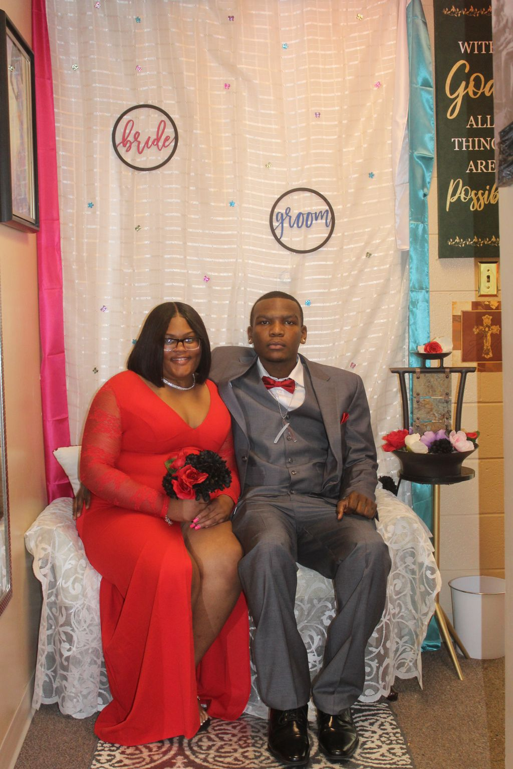 A Gentleman and his Queen- South Holland 2020