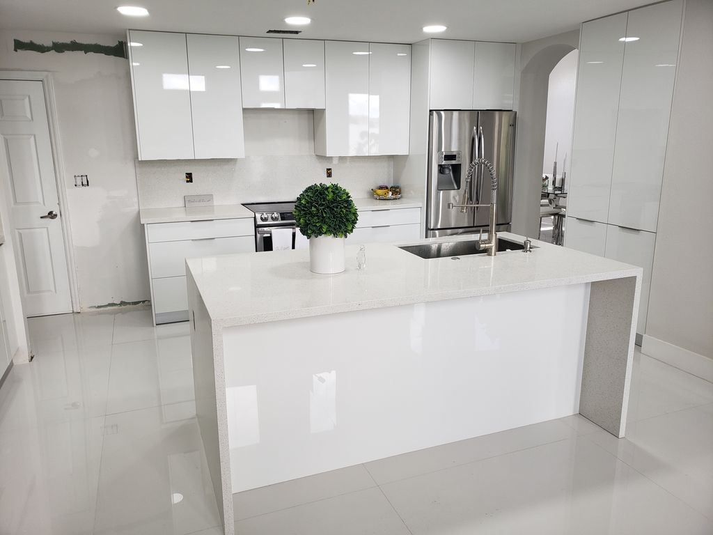 Kitchen Luxe Water Fall