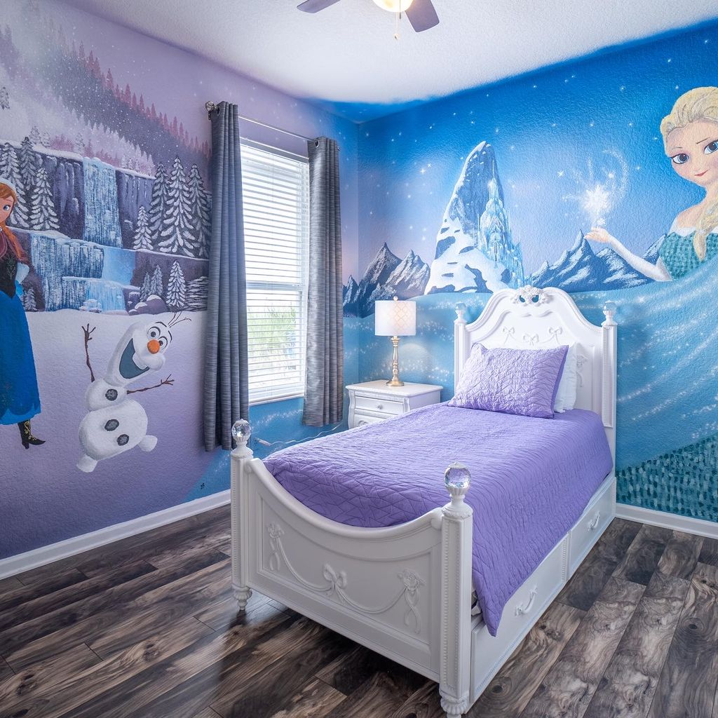 Frozen Bedroom
