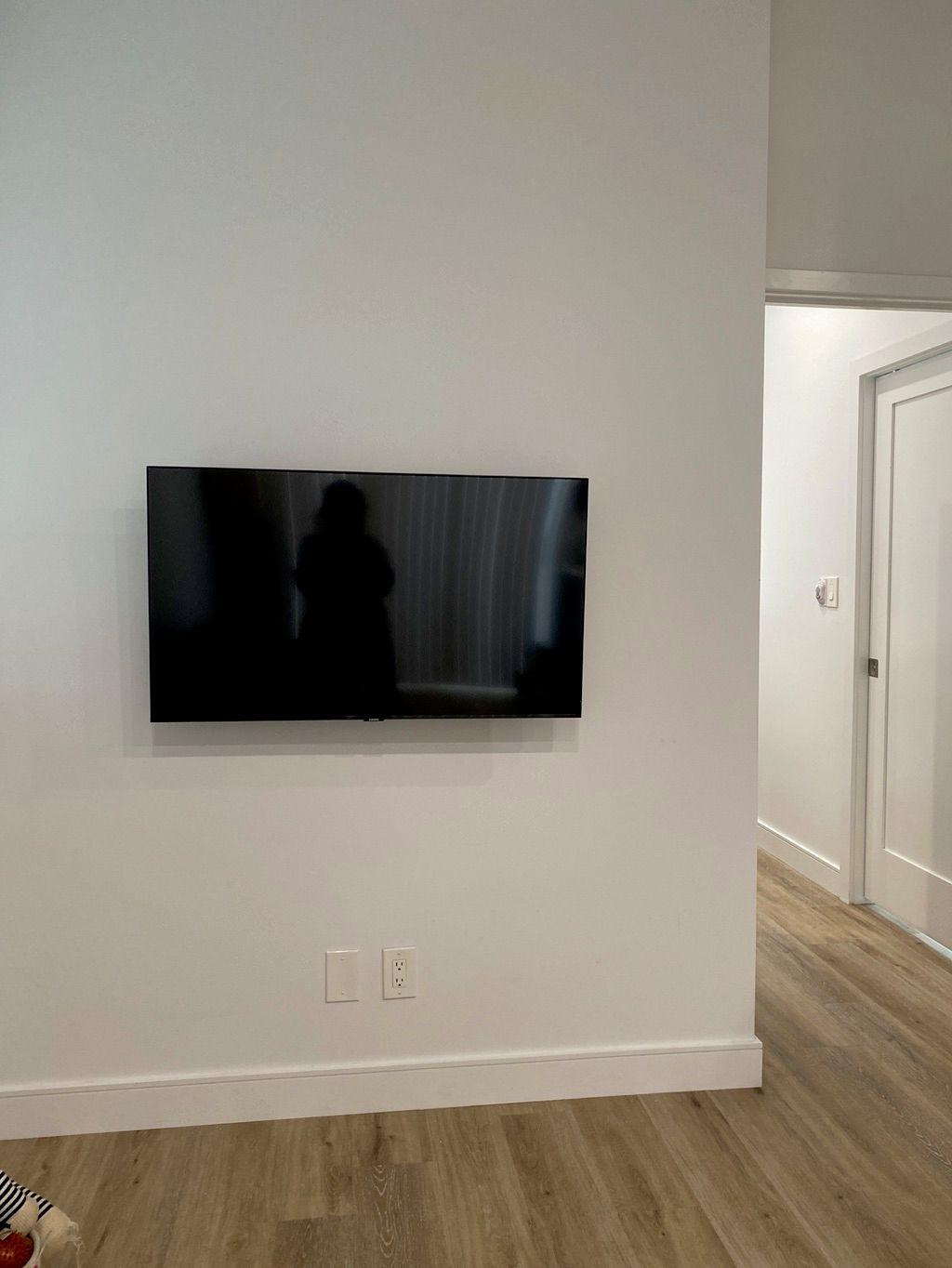 TV Mounting - Burbank 2020