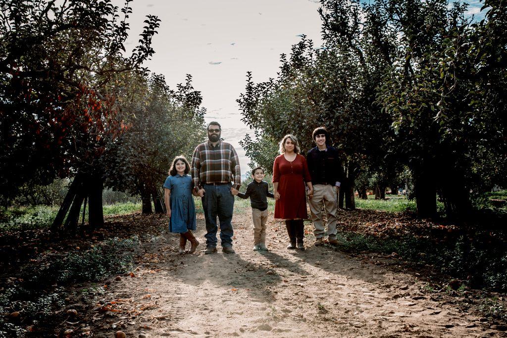 Orchard Family Photoshoot