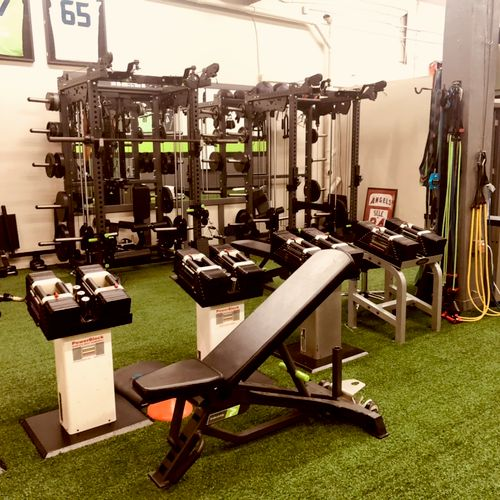 All the racks we need for functional lifting. Even open space for Olympic lifts! (Bellevue location)