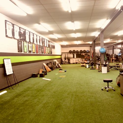 Tons of functional movement space! 10,000 sqft (Bellevue location)