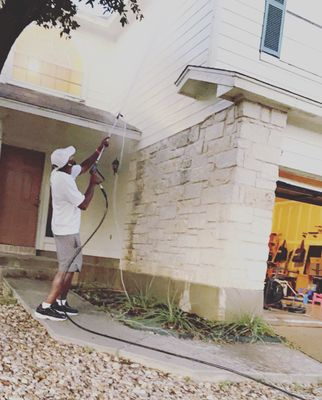 Avatar for DM PRESSURE WASHING & DISINFECTING SERVICES